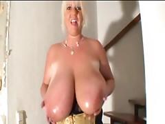 BBW oils up her tits