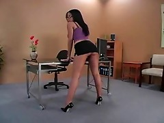 Havana high heels footjob