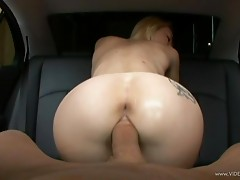 Irresistible Teen Melanie Jayne Gives Up Her Tight Pussy In A Back Seat