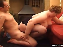 Age is not a parameter to say that a woman cannot perform a scorching hot sexcapade, for an instance is this hot, nasty granny with unwavering skills in cock pampering, bares naked  and let this huge, thick-headed cock enjoys her wet, taut pussy.