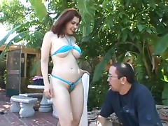 Slutty Redhead Babe Mae Victoria Gets a Shave and a Hot Fuck Outdoors