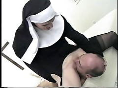 face sitting nun 2