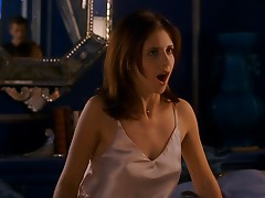 Sarah Michelle Gellar - I Wanna Fuck