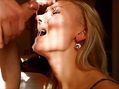 Big amateur facial - do you think she liked it?