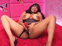 Charmaine dildo action