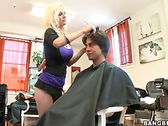 Horny Guy Pounds His Hair Stylist's Wet Pussy