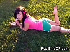 Sluttiest Emo Teen GFs!