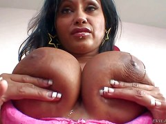 Priya Ajali Ra is a hot Indian woman with bronze