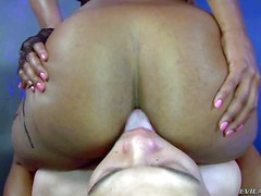Tori Taylor is a black mistress with big butt. She