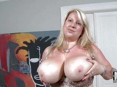 Janne Hollan is a European BBW blonde. She's new to