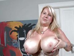 Janne Hollan is a European BBW blonde. She's new to