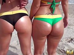 Molly Cavalli and Sinn Sage are sexy bodied lesbian bikini