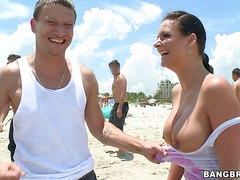 Big tittied hoe Phoenix Marie loves sunny beaches and white