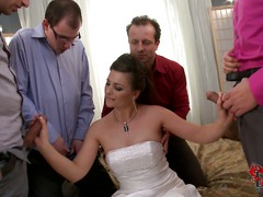 Slutty bride Jessica Fiorentino bares her tits and men pull