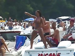 Slutty Ladies And Horny Guys Gets Loose In Spring Break Party