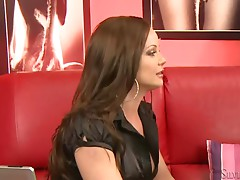 Alina the sexy brunette chick shows her body at casting