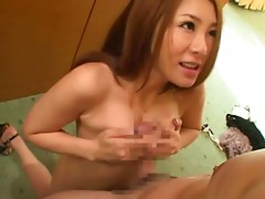 Horny Minori Hatsume seducing younger man for an oral