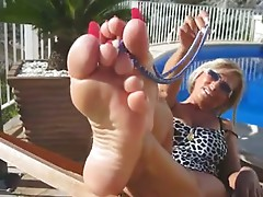 Lady B Hottest Mature Feet