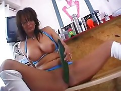 german mature pussy inserts cucumber and squirts(ctrent)