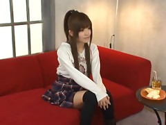Erika Kashiwagi changes her clothes and gives a blowjob