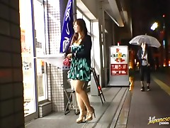 Big booty Japanese woman blows dick and gets jizzed on