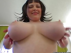 Big ass and huge tits of Vida shake when her fucks her