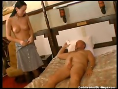 Older Dude Fucking A Teen Chick In Stockings.