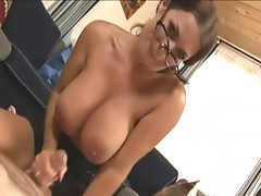 MIlf Goldie loves stroking cock