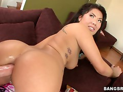 London Keyes Loves Anal Sex With Hot Asian Nailing