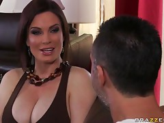 Helping with the Chores Just to Fuck the Hot MILF Diamond Foxxx
