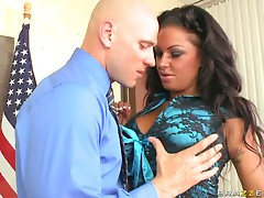 Hot Attorney Gets Drilled By her Horny Assistant