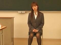 Maho Uruya Fucks Her Horny Teacher During Class