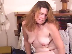 Thick old whore sucks on a cock and gets plowed into