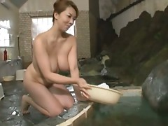 Japanese Mom: Bathhouse's Seducing