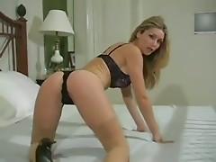 strip tease nowatermark