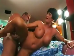 Curvy stepmoms