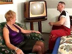 Anal Granny Fucked in Spotty Stockings