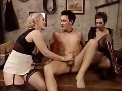 Granny & milf fisting and fucking Part 2