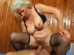 Old Granny Needs Sex 2 Wear-Tweed
