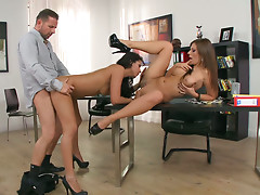 Office manager bangs horny Cipriana and her girlfriend on the desk