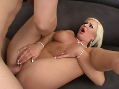 Kinky blonde BBW babe Andi Anderson has a sexy time with Mark Ashley