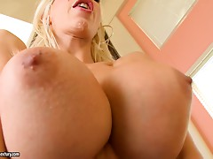 Palatable blonde Puma Swede is a professional cock rider