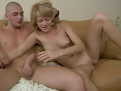Sleepy blondie Cynthia gets fucked from behind by horny Ferris