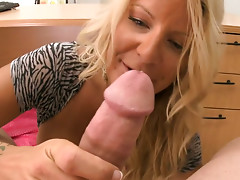 Dirty slut Robbye Bentley with hairy pussy gets hammered in a missionary position